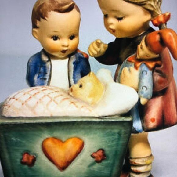 """Goebel Hummel Figurine """"Blessed Event"""" # 333"""